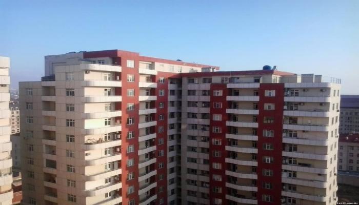 В Баку подешевели земельные участки и частные дома