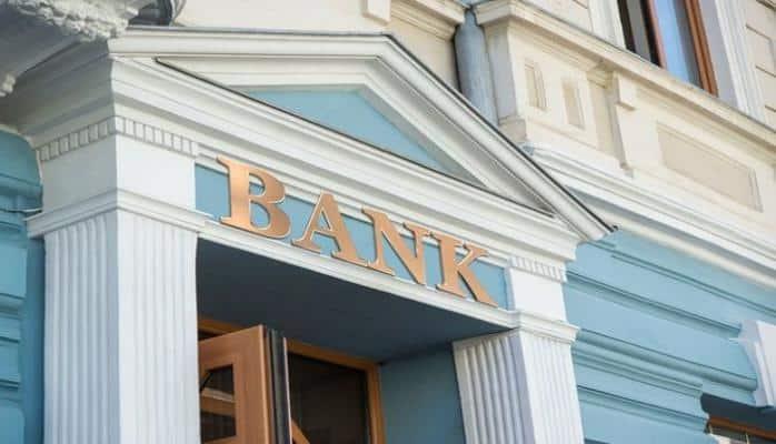Banklar gücləndirilmiş rejimdə çalışacaqlar
