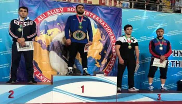 Şərif Şərifov Kaspiyskdə qızıl medal qazanıb