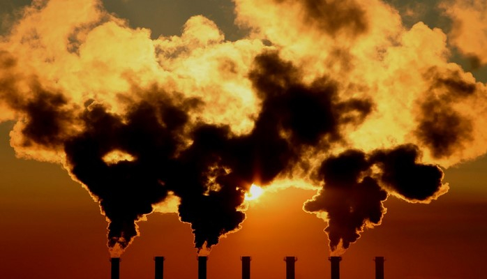В Баку управляющий цехом оштрафован на 2500 манатов за загрязнение атмосферы