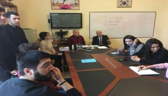 Два студента Бакинского госуниверситета пройдут стажировку в Корее