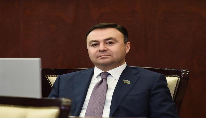 Deputat 190 manatlıq birdəfəlik ödəmədən danışdı