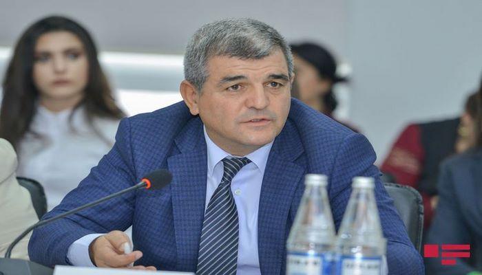 Депутат: 190 манатов - это символическая государственная поддержка, ее ни в коем случае нельзя урезать