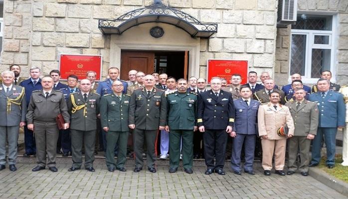 В минобороны Азербайджана состоялось совещание с участием военных атташе