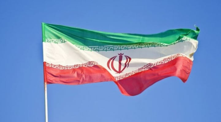 В Иране экстренно приземлился загоревшийся в полете самолет