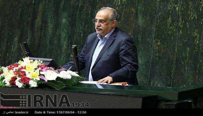 İranın iqtisadiyyat və maliyyə naziri istefaya göndərilib