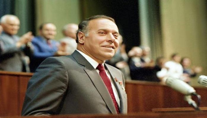 Heydər Əliyevin adının Volqoqrad küçələrindən birinə verilməsi təklif olundu