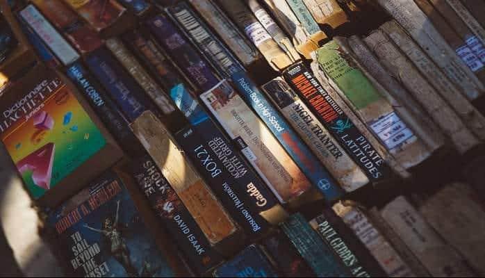 Uzun Süredir Kitap Okumayanların Bir Solukta Okuyacağı 12 Kitap