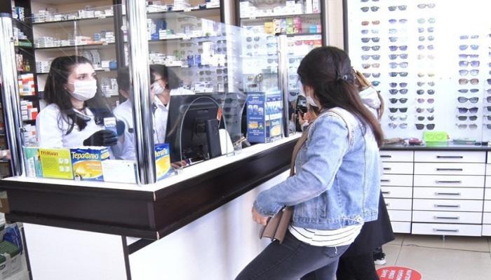Bakıda apteklərdə maska qıtlığı yaşanır - Videoreportaj