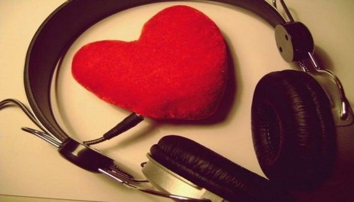 Прослушивание музыки заметно укрепляет здоровье