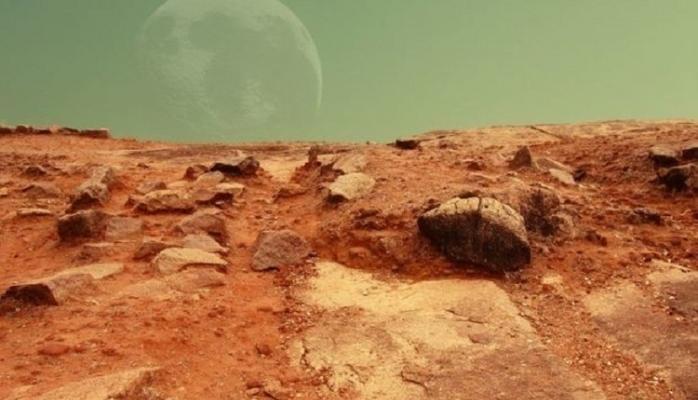 Marsda təmiz su hövzəsi tapıldı