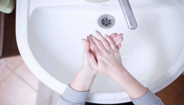 Врачи назвали предметы, после которых необходимо немедленно вымыть руки.