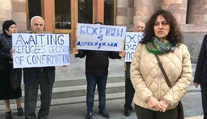 Azərbaycandan olan qaçqınlar Yerevanda etiraz aksiyası keçiriblər