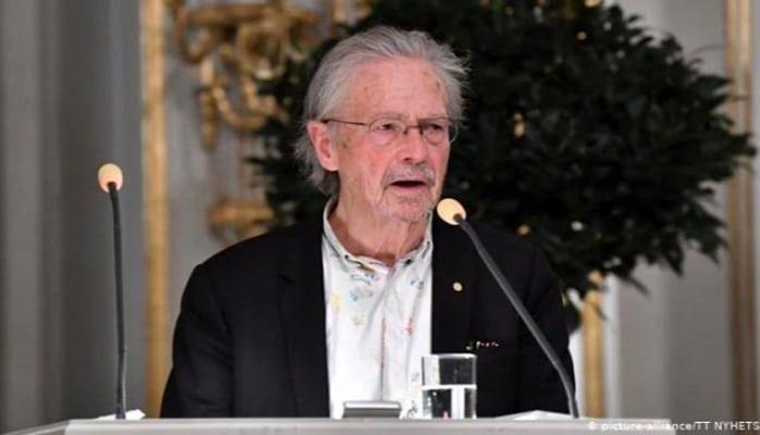 Türkiyə avstriyalı yazıçıya görə Nobelə qatılmayacaq