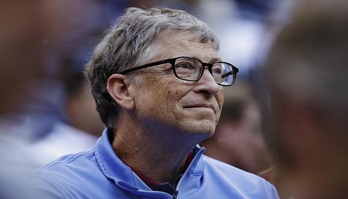 Билл Гейтс заявил, что введение налога на роботов позволит сохранить рабочие места