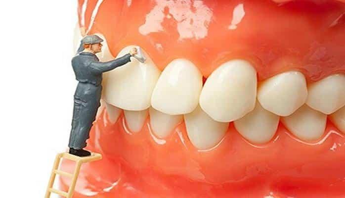 Sigara diş eti renklenmelerine sebep oluyor?