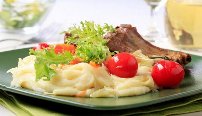 Ученые: желающим незаболеть диабетом нужно ужинать до6вечера