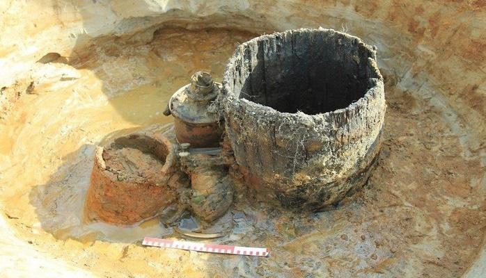 Работы на участках трассы М-11 в Ленобласти приостановили из-за археологических находок