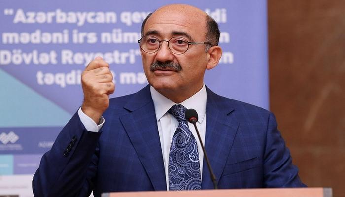 """Əbülfəs Qarayev: """"Mən mətbuata danışmaq istəmirəm"""""""