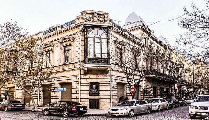 Hacı Zeynalabdin Tağıyevin sarayı