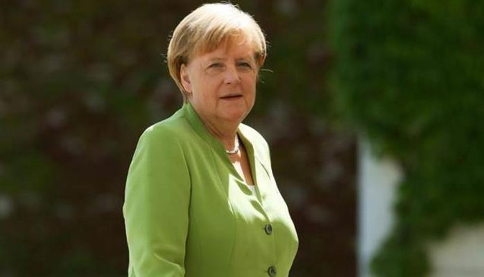 Merkeldən Türkiyəyə məsləhət