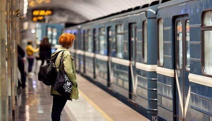На станции «Хатаи» установят новые эскалаторы