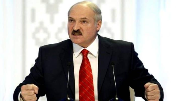 Uduzan idmançılar ölkəyə qayıtmasın - Lukaşenko
