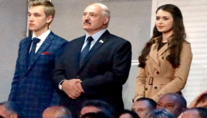Lukaşenko zarafatla vəzifə təklif etmişdi, deputat oldu