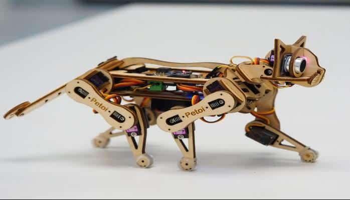 Herkesin Kolayca Kodlayabileceği Açık Kaynak Kodlu Robot Bir Kedi: Nybble