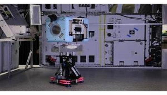 Beynəlxalq Kosmik Stansiyada uçan robotların sınağı keçirilib