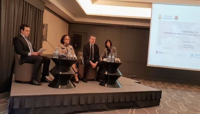 В Баку состоялась конференция на тему медиации