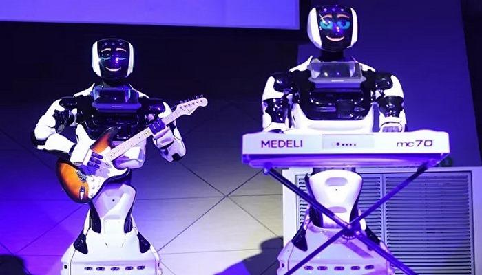 Ученые рассказали, какие специалисты потеряют работу из-за роботов