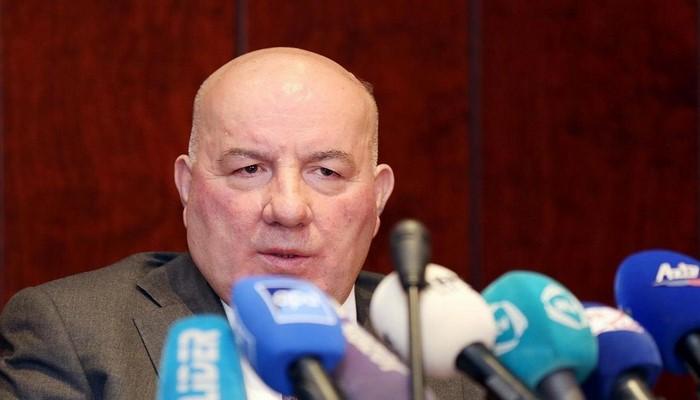 """Elman Rüstəmov: """"Lirənin ucuzlaşmasının manata təsiri gözlənilmir"""""""