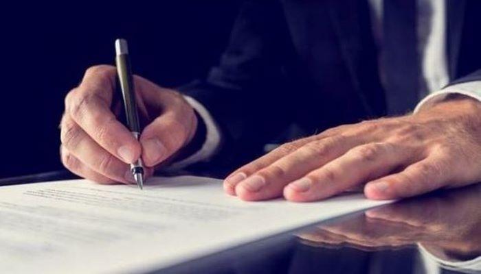 Emin Əmrullayev əmr imzaladı: Direktor işdən çıxarıldı