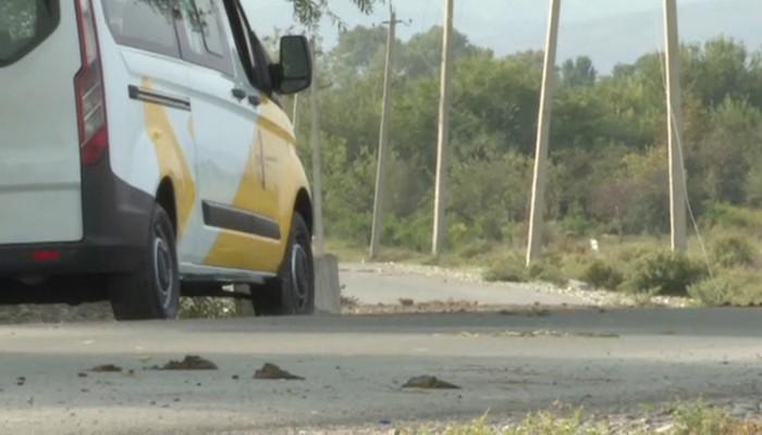 Ermənilər İTV-nin maşınına atəş açdı, avtomobil yanır