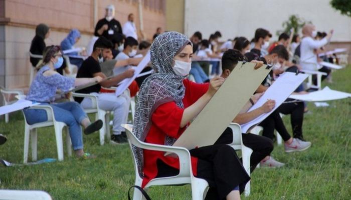 Erzincan'da koronavirüs tedbirleri altında özel yetenek sınavı