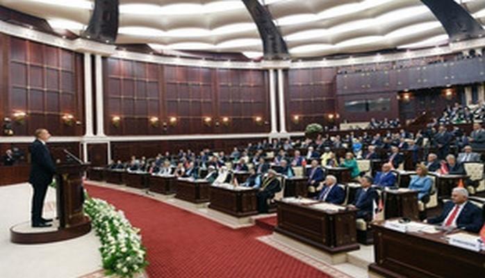 Президент Ильхам Алиев: В Азербайджане нет внутренних источников угрозы