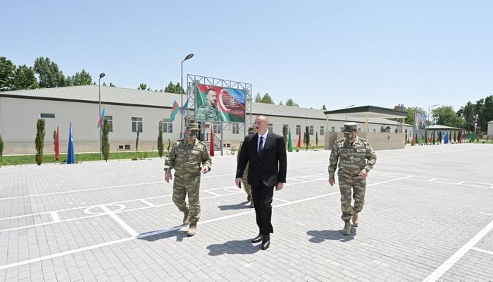 """İlham Əliyev Ağdamdakı """"N"""" saylı hərbi hissədə"""