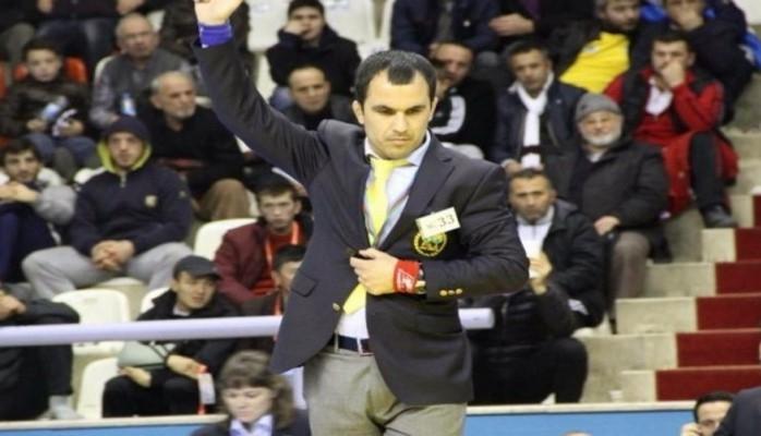 Azərbaycanlı güləş hakimi Krasnoyarskda turnirin hazırlıq səviyyəsini yoxlayacaq
