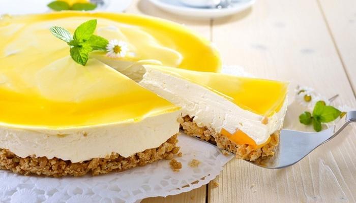Limonlu cheesecake tarifi kokusuyla mest ediyor!
