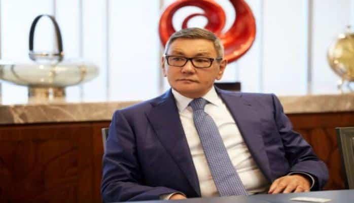 AIBA-nın prezidenti postunu birdəfəlik tərk edib