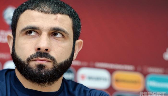 """Rəşad Sadıqov: """"Futbolçulara qarşı ədalətli olmağa çalışıram"""""""