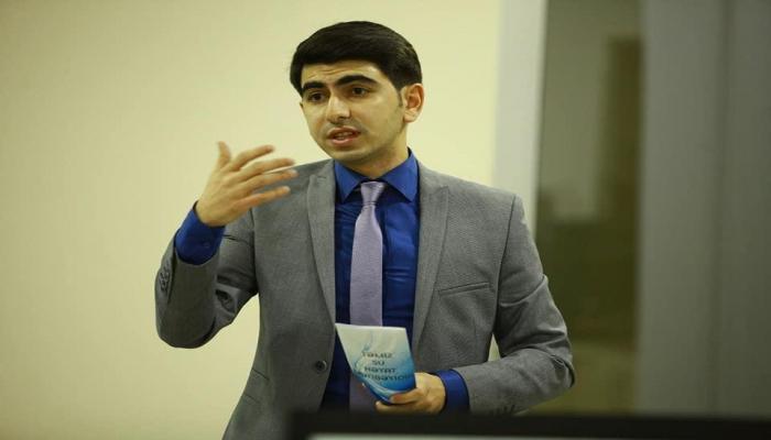 Baş redaktor Türkiyə universitetinin məzunu oldu