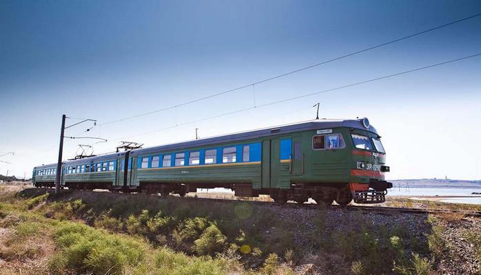 Из Махачкалы пустят электрички до границы с Азербайджаном