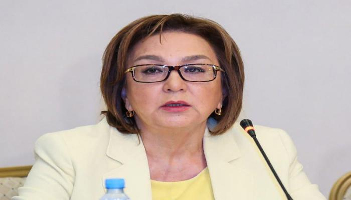 Малейка Аббасзаде: В Азербайджане перед экзаменами будет измеряться температура абитуриентов