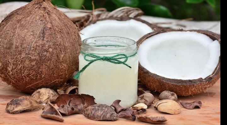 Эксперты развеяли миф о пользе кокосового масла
