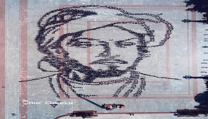 Gəncədə dahi şair İmadəddin Nəsiminin canlı portreti yaradılıb