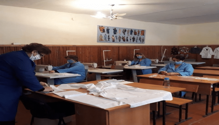 Salyanda tibbi maska istehsal olunur