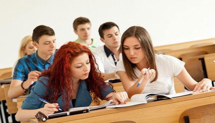 Kurslar təhsil haqqını niyə endirmir?