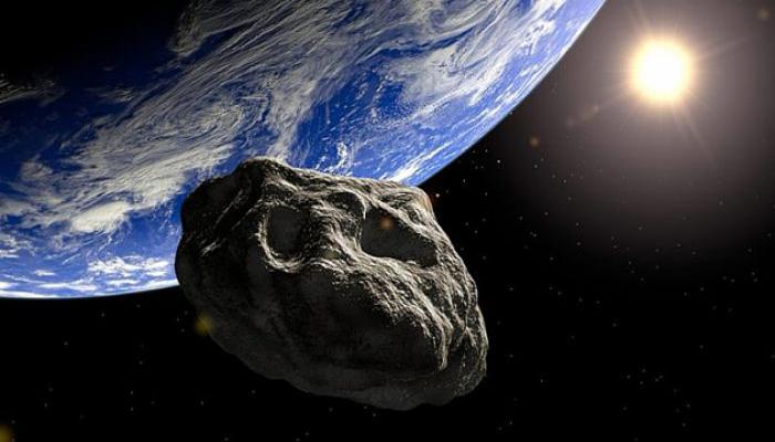 Asteroid Yerə ən yaxın məsafədən keçib